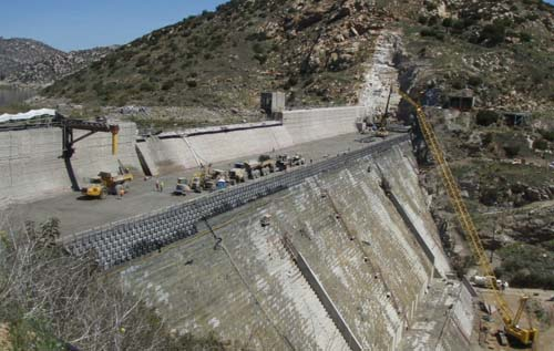 Roller Compacted Concrete Dam : Water authority makes history at san vicente dam